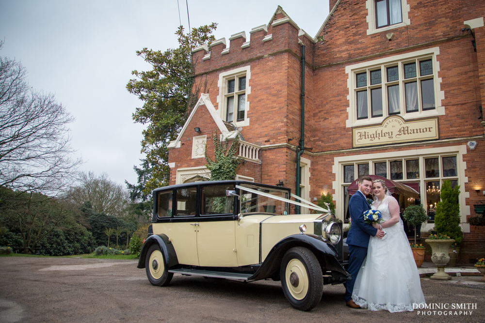 Tegen and Jed arrive at Highley Manor