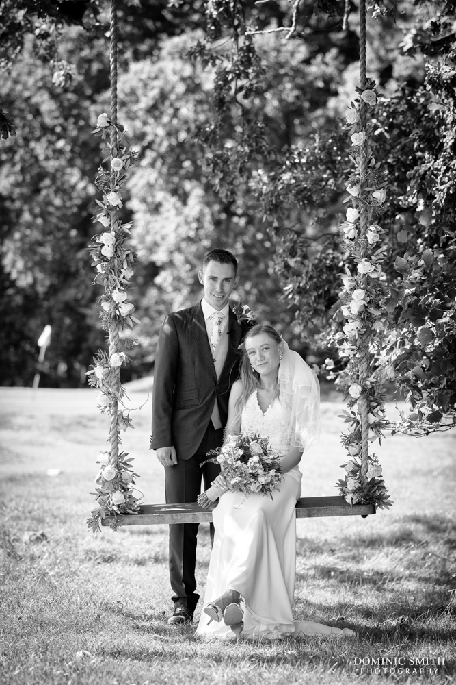 Couple Photo at Brookfield Barn